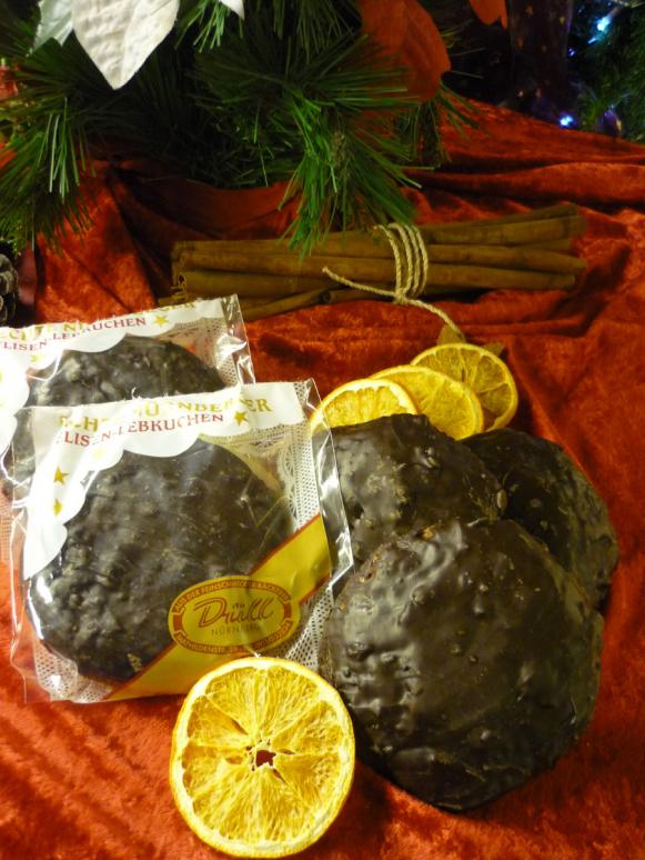 1 Elisenlebkuchen mit Schokoglasur